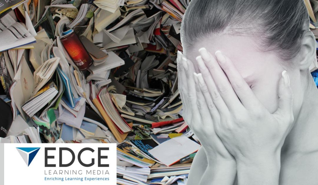 How to use 'content chunking' to prevent cognitive overload in online learning